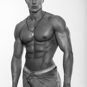 Alexandru Ceobanu - personal trainer and fitness model